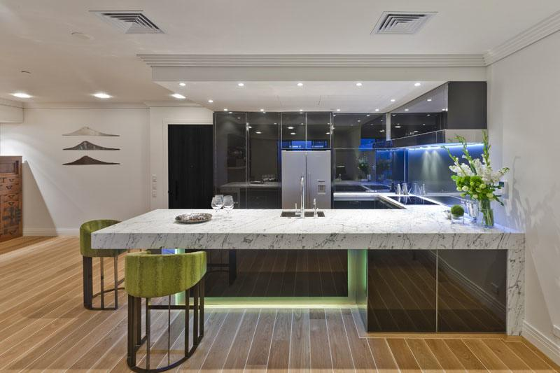 Australian Winning Designs For 2011 Featured Slick Highly Reflective  Cabinets, LED Lighting And Streamlined Features That Accentuates The Kitchen  To Be ...
