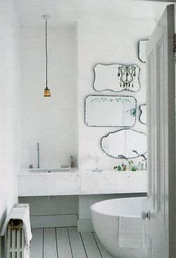 mirror feature in bathroom