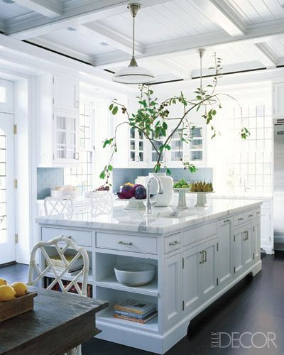 Five classic traits of hamptons kitchens Bright kitchen