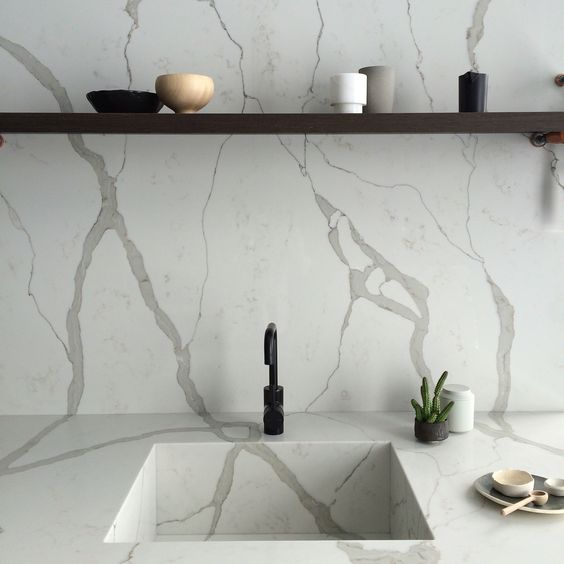 Calacatta Blanco sink and splash back