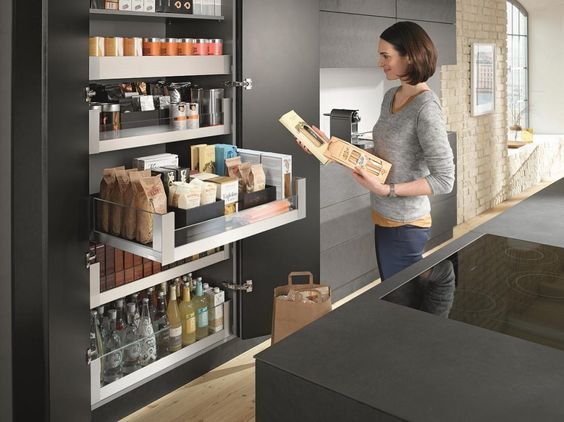 Blum space tower pantry